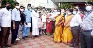 கொரோனாவில் மீண்டு வரும் திருச்சி! ஒரே நாளில் 32 பேர் டிஸ்சார்ஜ்!!