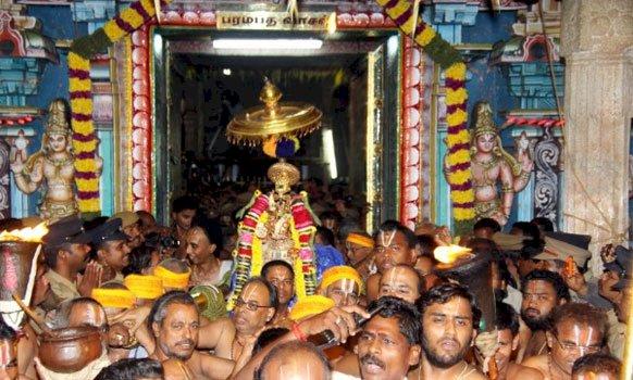 ஸ்ரீரங்கம் கோவில் சொர்க்கவாசல் திறப்பின் போது பக்தர்களுக்கு அனுமதியில்லை!!