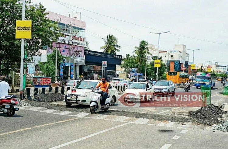 பாதுகாப்பற்ற வேகத்தடைகள் அமைத்ததாக திருச்சி மாநகராட்சி மீது பொதுமக்கள் குற்றச்சாட்டு